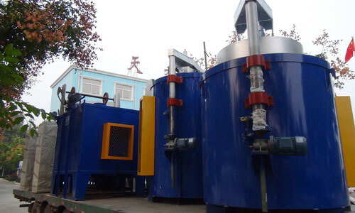 Pit carburizing furnace