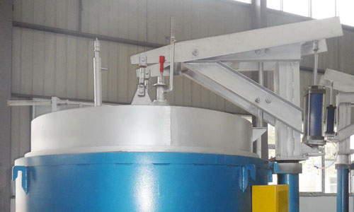 Pit nitriding furnace